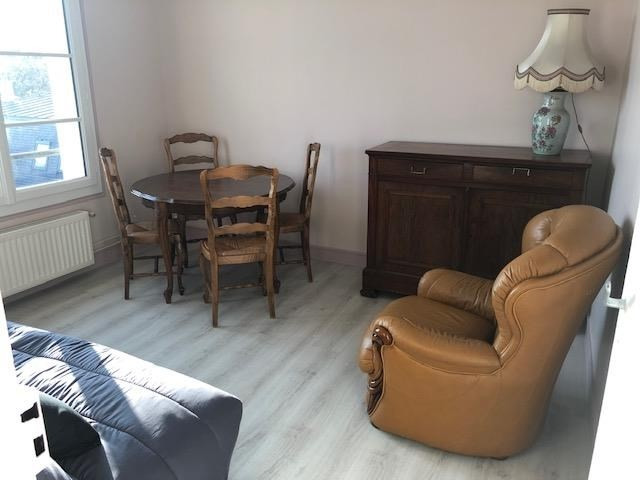 Location appartement Verrieres le buisson 850€ CC - Photo 4