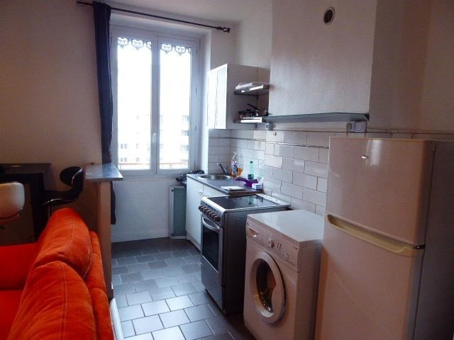 Rental apartment Villeurbanne 630€ CC - Picture 3
