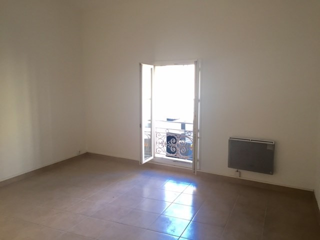 Location appartement Marseille 520€ CC - Photo 2