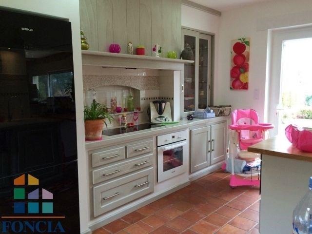 Sale house / villa Saint-sauveur 335000€ - Picture 7