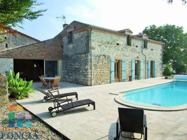 Sale house / villa Eymet 299000€ - Picture 2