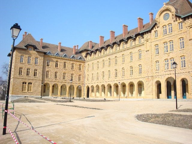 Location appartement Sainte-foy-lès-lyon 1110€ CC - Photo 18