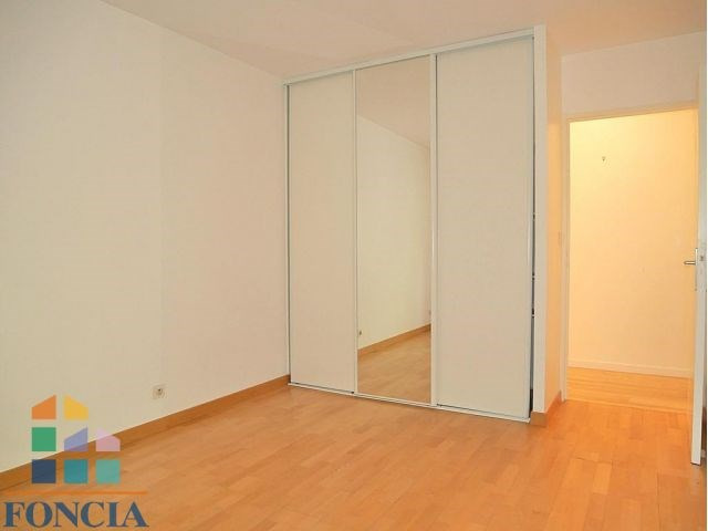 Rental apartment Suresnes 2 333€ CC - Picture 13