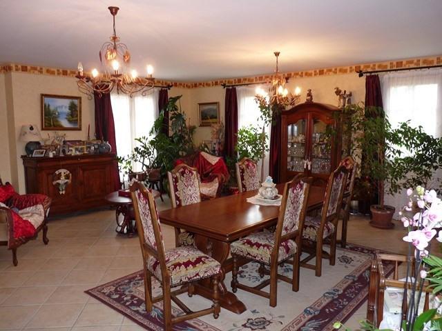 Revenda casa Poncins 354000€ - Fotografia 4