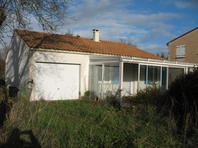 Sale house / villa Arvert 170 500€ - Picture 1