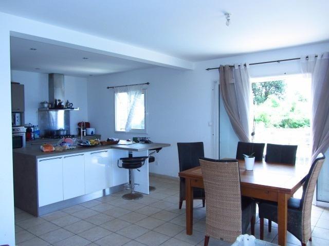 Sale house / villa Les avirons 395000€ - Picture 3