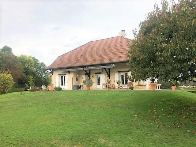 Sale house / villa La tour du pin 320000€ - Picture 1