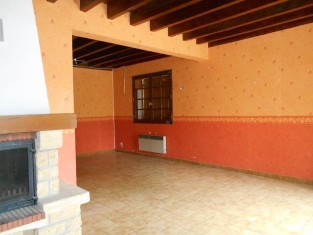 Sale house / villa Lurbe st christau 143000€ - Picture 2