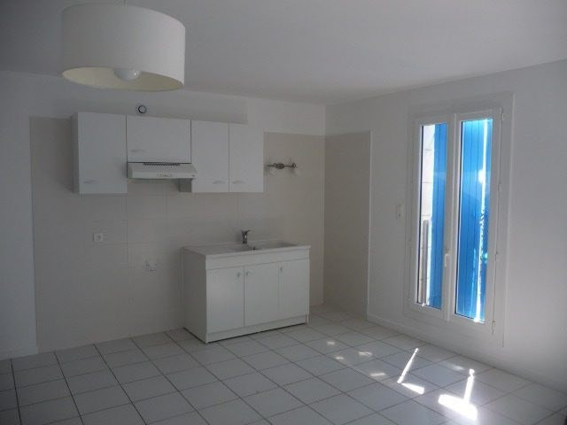 Sale house / villa Mortagne-sur-gironde 223860€ - Picture 2