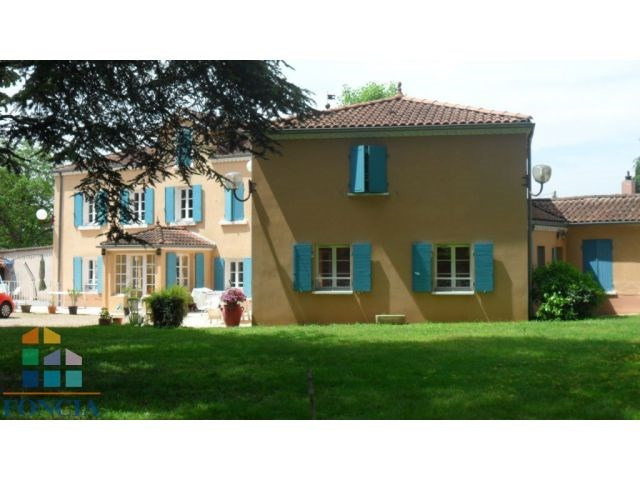 Deluxe sale house / villa Reyrieux 595000€ - Picture 1