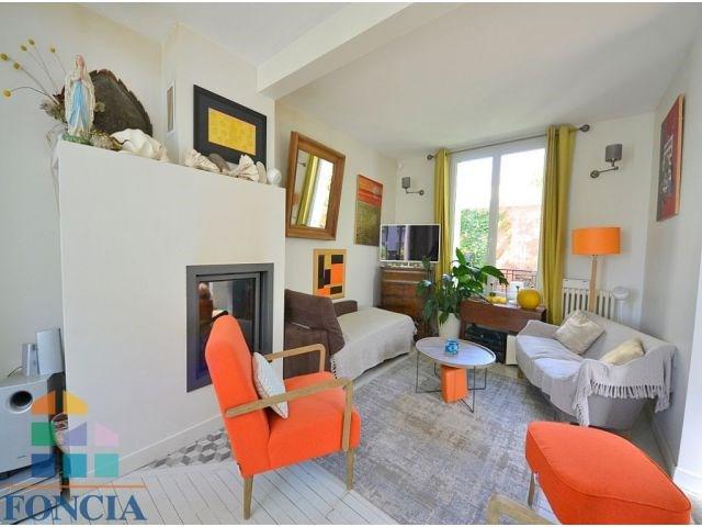 Deluxe sale house / villa Suresnes 860000€ - Picture 1