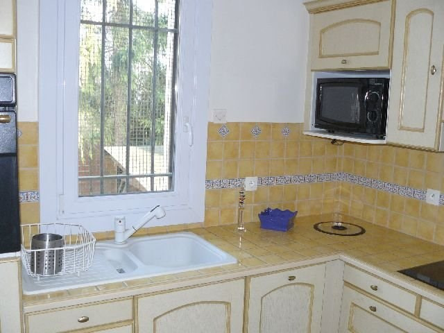 Location maison / villa Villennes sur seine 1 350€ CC - Photo 3