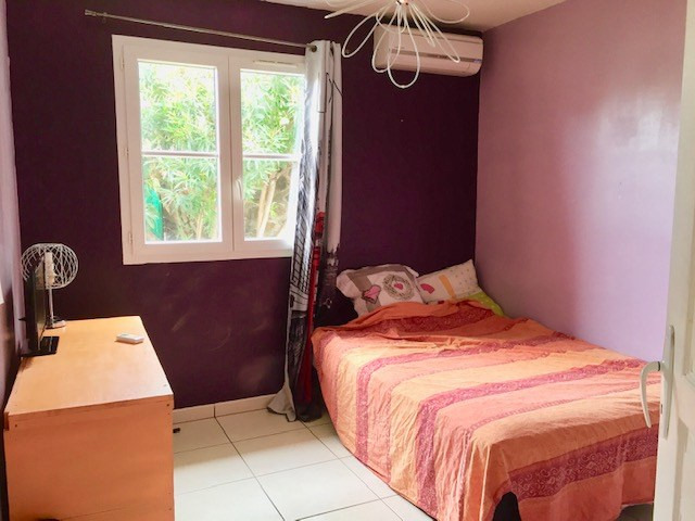 Sale apartment Saint gilles les bains 270000€ - Picture 3
