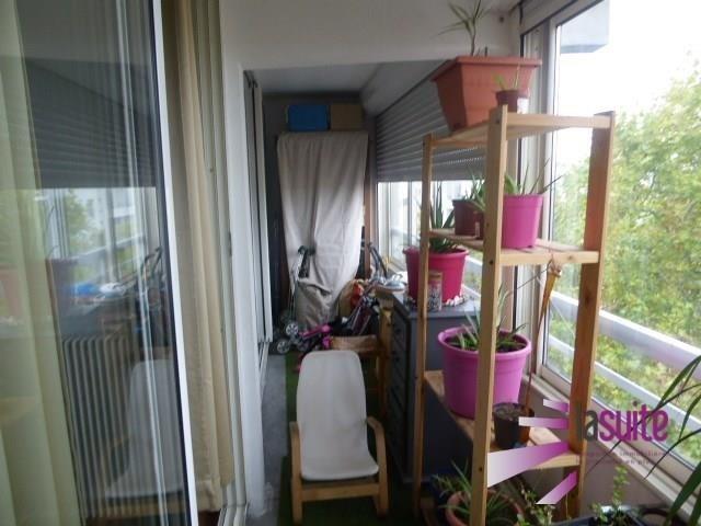 Sale apartment Lyon 8ème 245000€ - Picture 2