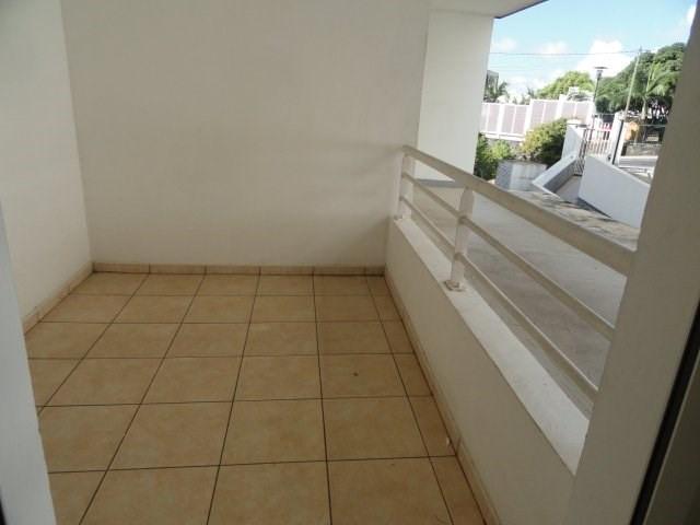 Location appartement St denis 537€ CC - Photo 7