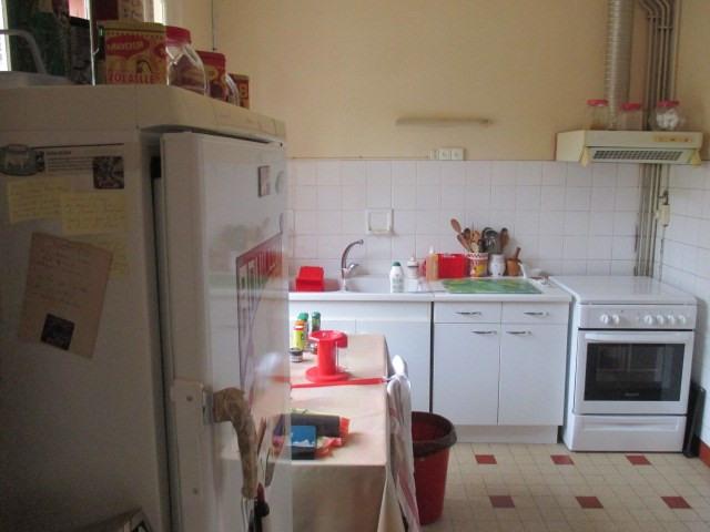 Sale house / villa Saint-porchaire 117000€ - Picture 4