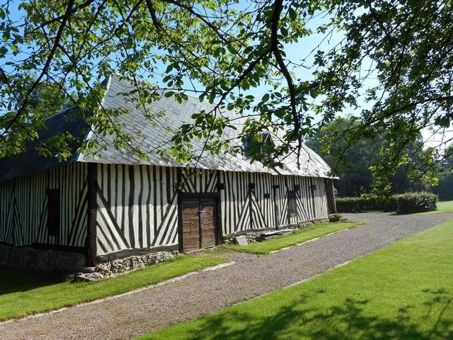 Sale house / villa Livarot pays d auge 342000€ - Picture 4