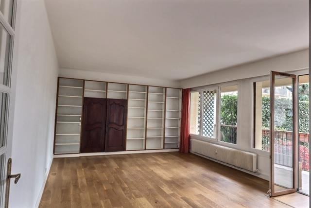 Sale apartment Versailles 650000€ - Picture 5