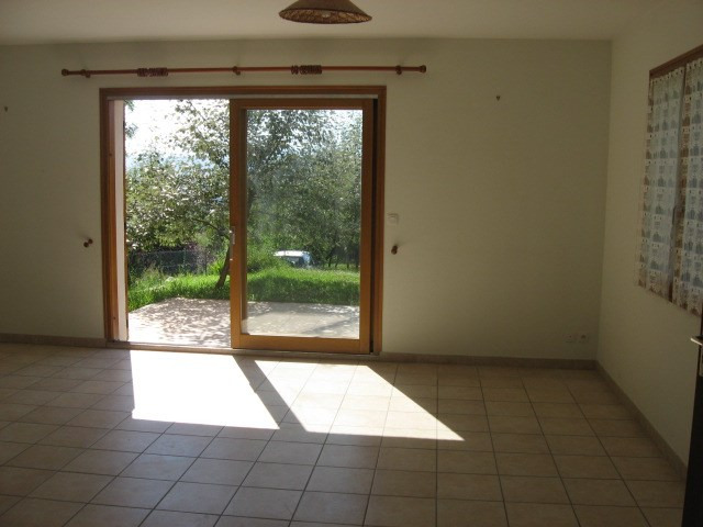 Location maison / villa Claix 1 525€ CC - Photo 3