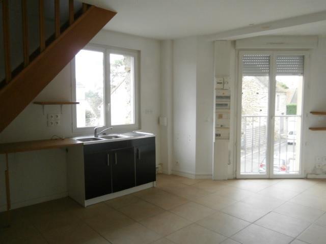 Rental apartment Vaux le penil 546€ CC - Picture 2