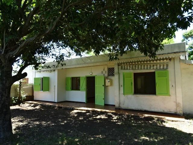 Vente maison / villa Ste suzanne 176000€ - Photo 1