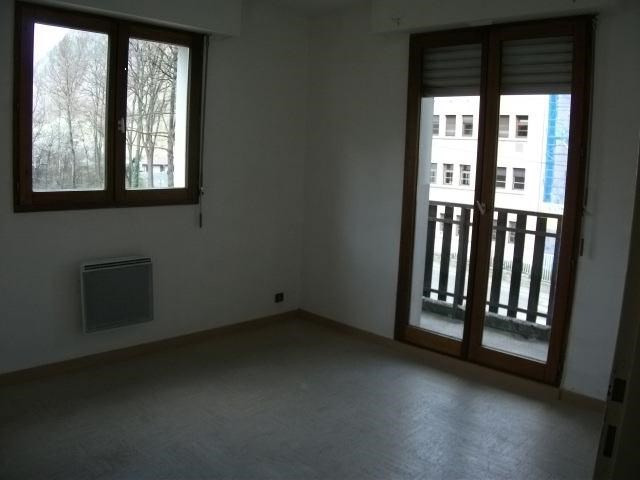 Rental apartment Sallanches 560€ CC - Picture 3