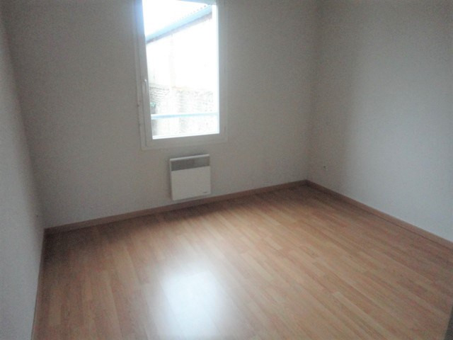 Rental apartment Aire sur l adour 455€ CC - Picture 3