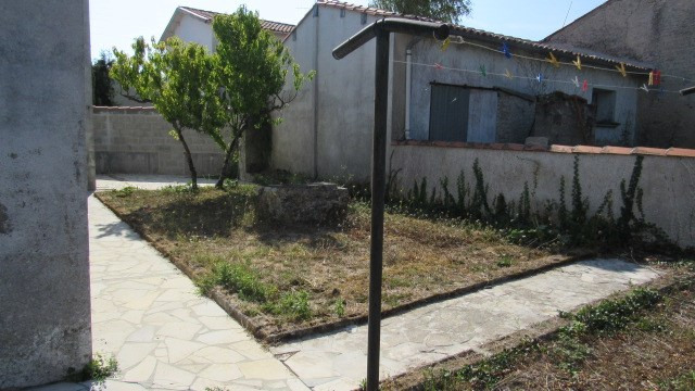 Vente maison / villa Saint-jean-d'angély 96000€ - Photo 2