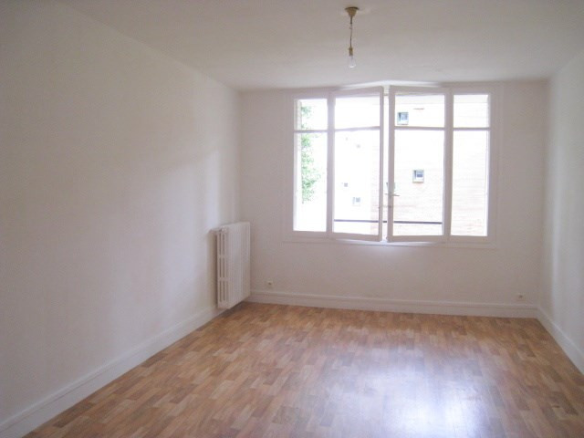 Sale apartment Bougival 210 000€ - Picture 2