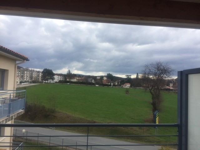 Location appartement Roche-la-moliere 755€ CC - Photo 4