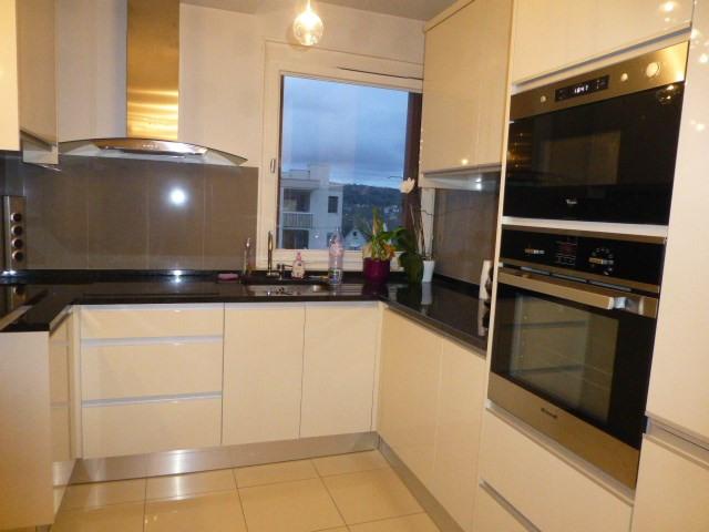 Location appartement Mantes-la-jolie 790€ CC - Photo 1