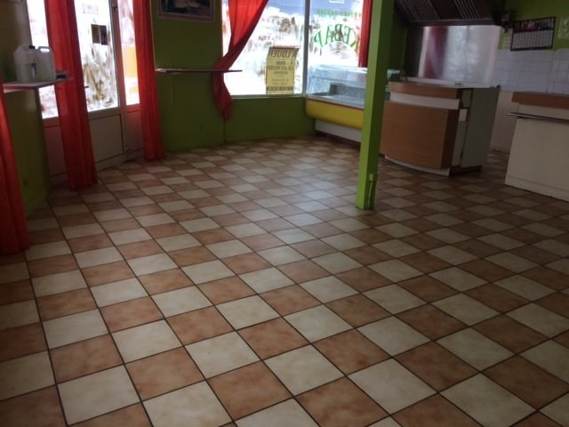 Location local commercial Lisieux 750€ HT/HC - Photo 7