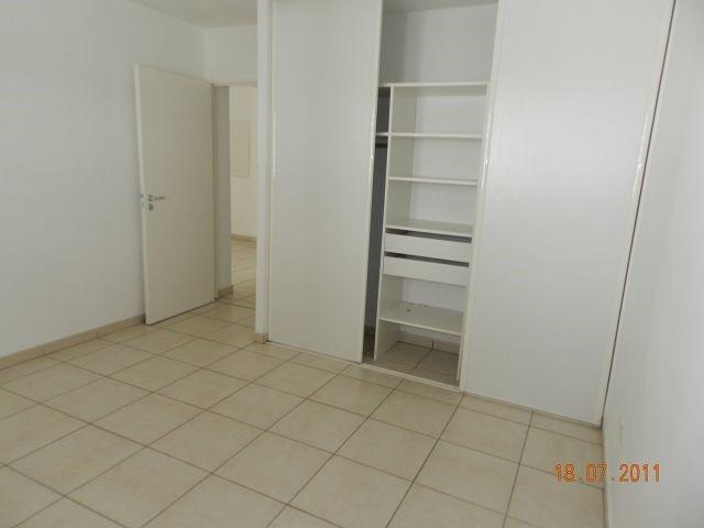 Location appartement St denis 721€ CC - Photo 7