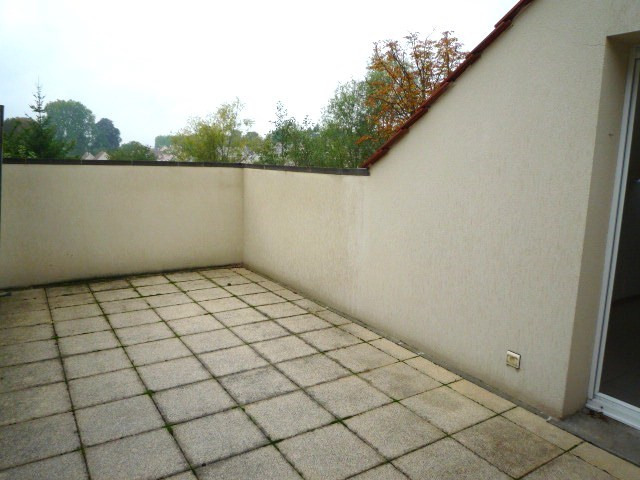 Rental apartment Pomponne 1 320€ CC - Picture 1