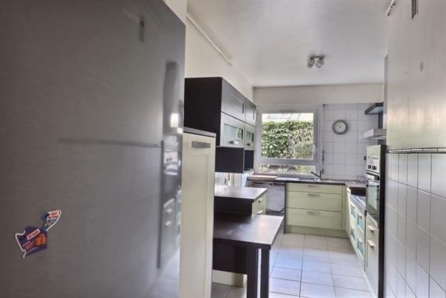 Sale apartment Versailles 650000€ - Picture 6