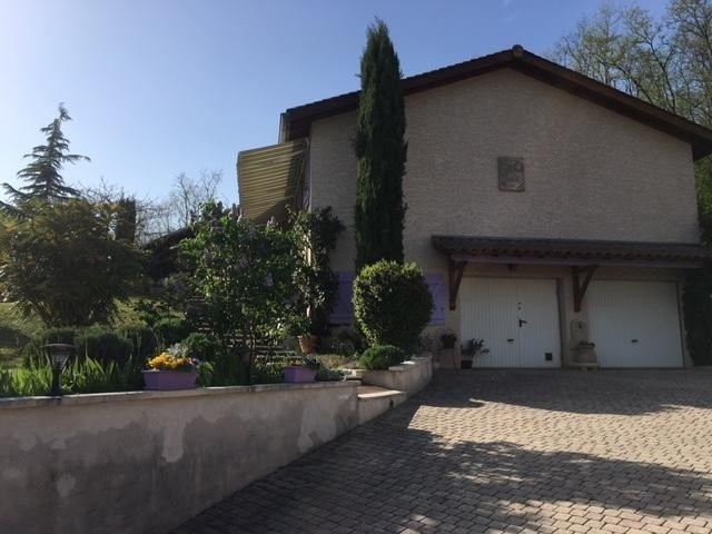 Sale house / villa St just chaleyssin 364 000€ - Picture 11