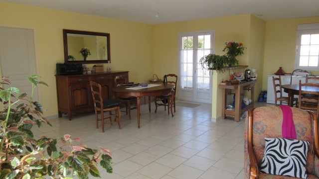 Sale house / villa Saint-denis-du-pin 148500€ - Picture 3