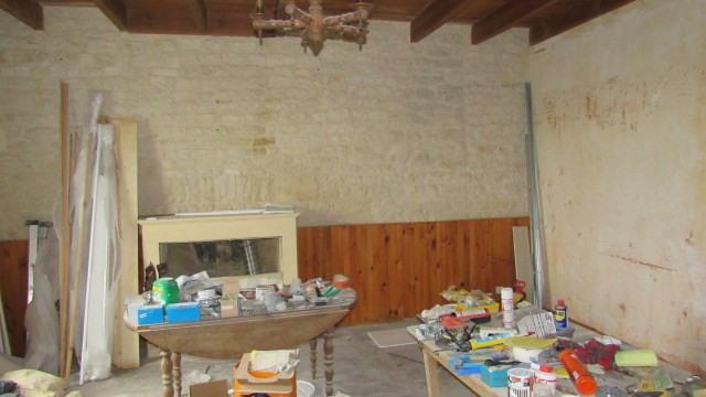 Sale house / villa Villeneuve-la-comtesse 104400€ - Picture 6