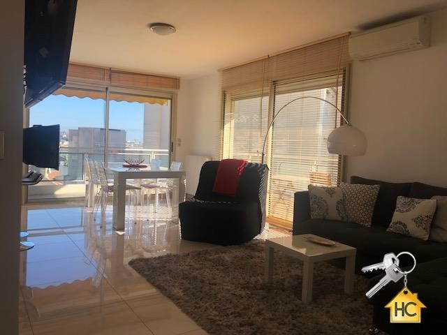 Sale apartment Cannes 492 000€ - Picture 3