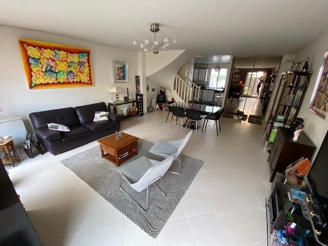 Sale apartment Maisons-laffitte 695000€ - Picture 1