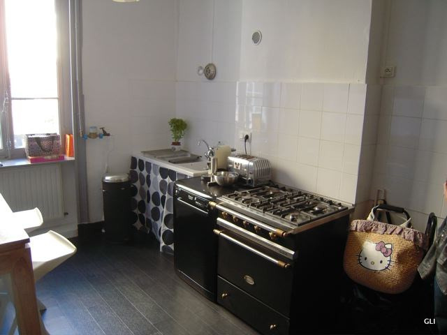 Location appartement Lyon 3ème 2 276€ CC - Photo 5