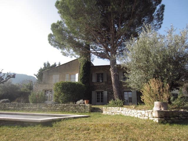 Deluxe sale house / villa Maubec  - Picture 2