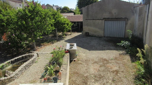 Vente maison / villa Saint jean d'angely 156 900€ - Photo 7