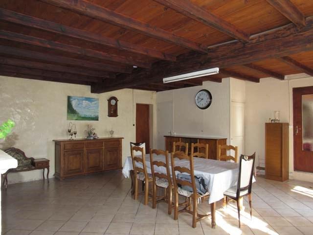 Vente maison / villa Saint-jean-d'angély 117000€ - Photo 4