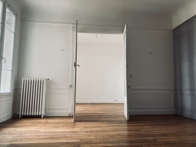 Location appartement Colombes 950€ CC - Photo 1