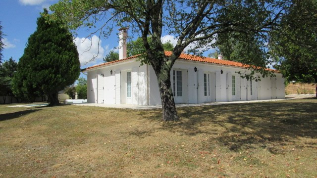 Vente maison / villa Saint jean d'angely 305950€ - Photo 3