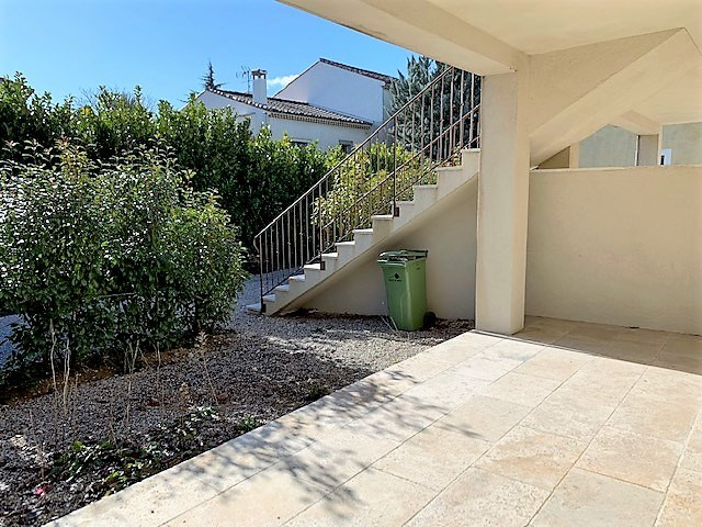 Location appartement Cabries 850€ CC - Photo 4
