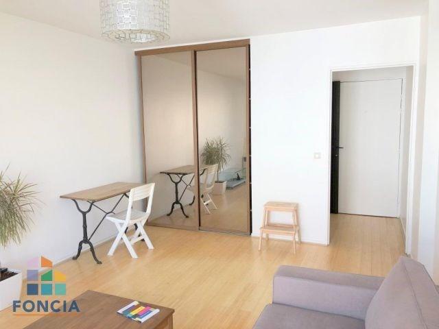 Location appartement Suresnes 1130€ CC - Photo 3