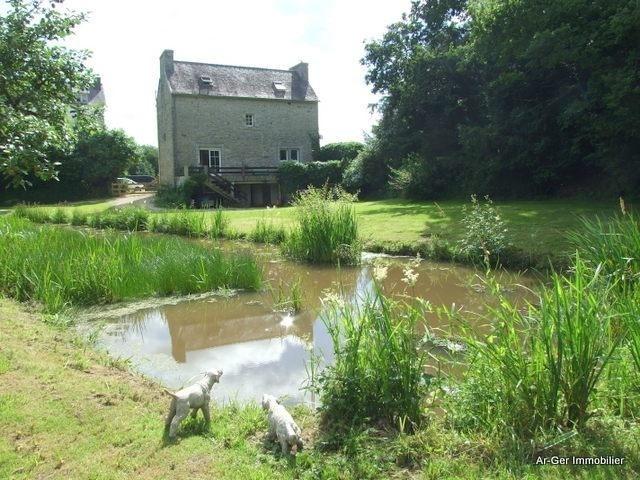 Sale house / villa Locmaria berrien 139100€ - Picture 4
