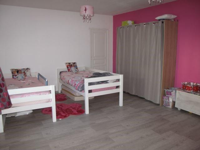 Sale house / villa Sury-le-comtal 150000€ - Picture 3